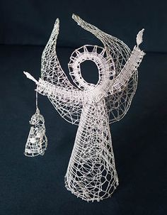 Lace Heart, Lace Jewelry, Knit Mittens, Lace Making, Bobbin Lace, Xmas, Christmas, Lace Detail, Dream Catcher