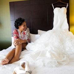 That excitement when the special day has finally come! #munaluchibride / #Repost @prestigeaffairs Sitting Pretty Stress Free and taking it all in! How Gorgeous does Mel look during her wedding prep and pamper photo shoot!! We work so hard on those timelines because capturing these beautiful moments are a must! Photographer: @tcweddingphotography Wedding Management: @prestigeaffairs Hair: @itsmisswu Makeup: @ericanikole