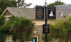 The Wight Mouse Inn, Pub Restaurant & Rooms in Church Place, Isle Of Wight