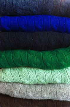 Cable knit sweaters in winter colors All Things Fabulous, Classy And Fabulous, Fall Sweaters, Cable Knit Sweaters, Cashmere Sweaters, Winter Fashion Outfits, Autumn Winter Fashion, Fall Fashion, Preppy Handbook