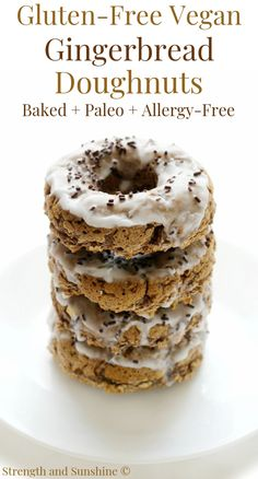 A healthy holiday donut recipe you'll love! These Baked Gluten-Free Vegan Gingerbread Doughnuts are paleo, allergy-free, and grain-free! Donut Recipes, Healthy Dessert Recipes, Gluten Free Desserts, Healthy Desserts, Vegan Gluten Free, Gourmet Recipes, Vegan Recipes, Steak Recipes, Gluten Free Doughnuts