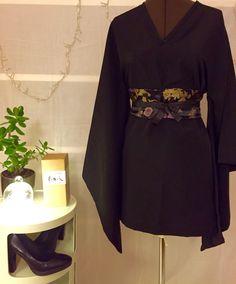 - Robes - DIY – Robe kimono et ceinture obi DIY - Kimono dress and obi belt. Diy Robe Kimono, Haut Kimono, Kimono Outfit, Kimono Fashion, Diy Fashion, Fashion Outfits, Fashion Tips, Diy Clothes, Clothes For Women