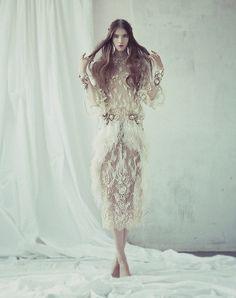 dreamy fashion isaac lindsay5 Isaac Lindsay in Dreamy Fashions for Wylde Magazine