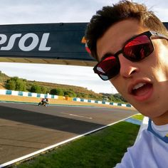 "Marc Márquez di Instagram ""Siguiendo de cerca a @alexmarquez73 en su primer test con la MotoGP! Following the first real MotoGP test for my brother👀"" Marc Marquez, Motogp, Man Crush Monday, Gd, Chloe, Instagram, Pictures, Fandom, Motorcycle"