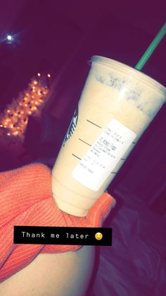 Super Delicious Secret Menu Starbucks Drinks White Chocolate Mocha with Heavy Cream Banana Extra Caramel Drizzle No Whip optional Healthy Starbucks Drinks, Starbucks Secret Menu Drinks, Starbucks Iced Coffee, Yummy Drinks, Coffee Drinks, Iced White Chocolate Mocha, Chocolate Cream, How To Order Starbucks, Smoothie Drinks