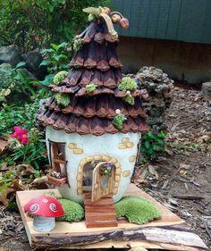Fairy garden decor: gourd fairy house for garden or. Kobold, Clay Fairies, Painted Gourds, Fairy Garden Houses, Fairy Garden Accessories, Fairy Doors, Paperclay, Gourd Art, Miniature Fairy Gardens