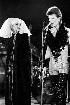 virgineunuchother:    David Bowie and Marianne Faithful. #Coolpeoplehangingout