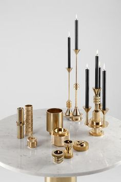 Steampunk-inspired home decor items. The post A New Line Of Steampunk-Inspired Accessories From Tom Dixon appeared first on Dekoration. Tom Dixon, Interior Accessories, Interior Styling, Interior Design, Decorative Accessories, Chandeliers, Chandelier Design, Lighting Design, Deco Design
