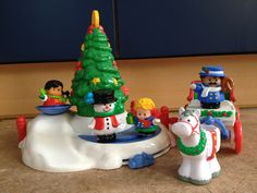 Fisher Price Little People Christmas Tree Lighting. Deel van mijn verzameling