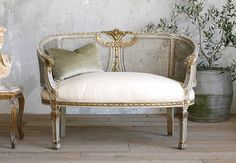 Exquisite Shabby Chic Vintage Frenchgardenhome  Idea for my settee $3250