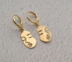 Items similar to gold hoop earring picasso face hoops endless hoop huggie dangle earring simple earrings everyday/gift for her on Etsy Face Earrings, Simple Earrings, Gold Hoop Earrings, Dangle Earrings, Christmas Necklace, Everyday Necklace, Cat Necklace, Gold Hoops, Silver Necklaces