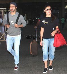 Varun Dhawan, Alia Bhatt, Shriya Saran and Saif Ali Khan were spotted at the Mumbai airport. Airport Outfits, Airport Fashion, Airport Style, Bollywood Heroine, Bollywood Fashion, Celebrity Outfits, Celebrity Style, Alia Bhatt Varun Dhawan, Aalia Bhatt