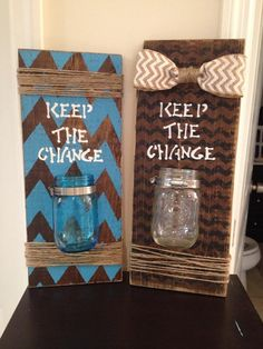 Keep the Change Barn wood sign. Hand made, your choice of color, design, burlap bow, and mason jar.