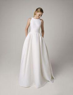 Classic Wedding Dress, White Wedding Dresses, Wedding Dress Styles, Bridal Dresses, Chic Wedding, Bridal Collection, Dress Collection, Charlie Brear, Cheongsam Wedding