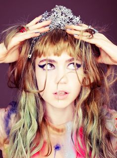 Love Grimes' hair colour...