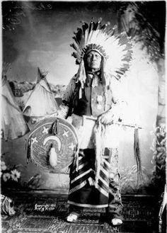 Chase The Bear (aka Chasing Bear, aka Paul Brave) Hunkpapa/Sihasapa - 1911