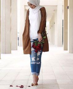 Ways a hijabi can wear boyfriend jeans  – Just Trendy Girls