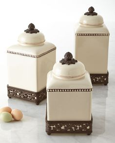 GG Collection Canisters & Cake Dome
