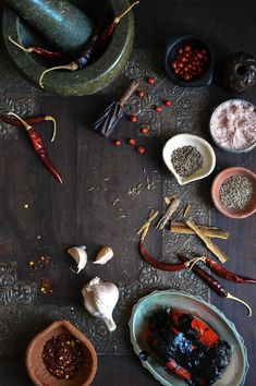 Harissa - An herbal condiment that packs a little punch. And so easy to make! Amazing Food Photography, Food Photography Styling, Food Styling, African Spices, Food Menu Design, Indonesian Food, Sauces, Spice Mixes, Spice Things Up