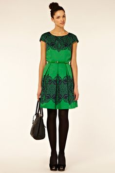 So much to love here! The color, the pattern, the shape - all so flattering AND comes in a range of sizes!