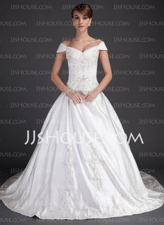there's a reason why I chose this neckline for my wedding dress, it helps elongate the neck and is a flattering shape.
