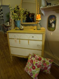 Dresser painted with Arles Chalk Paint® then clear wax was applied. By Studio 184 #Chalk Paint® #Farmhouse #dresser