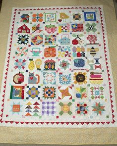 Farm girl vintage quilt by Lori Holt. I use bonus blocks still used all the blocks. One was used for my label on the back.