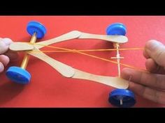This is a how to make ( DIY ) video for kids. You can make a race car with ice cream sticks by watching this video. DIY videos for kids. Science Experiments Kids, Science For Kids, Science Projects, Art For Kids, Science Fair, Stem Projects, Craft Stick Crafts, Diy Crafts For Kids, Projects For Kids
