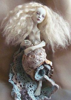 Seashell doll by Maki Hino, Japan.