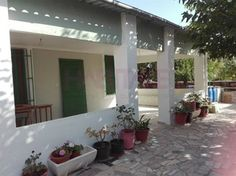 #Vivienda #Alicante Chalet en venta en #Petrer - Chalet en venta por 80.000€ , en buen estado, 3 habitaciones, 100 m², 1 baño, exterior, con terraza, calefacción no