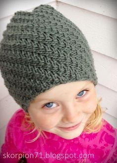 ✰ Skorpionen's hjørne: Hue med vri ~ til liten og til stor ♡ Hue, Crochet Hats, Beige, Fashion, Threading, Creative, Knitting Hats, Moda, Fashion Styles