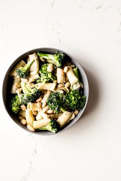 Broccoli White Bean Pasta - Dishing Up the Dirt Vegan Dinner Recipes, Entree Recipes, Bean Recipes, Pasta Recipes, Vegetarian Recipes, Healthy Recipes, Healthy Food, Pasta Dishes, Food Dishes