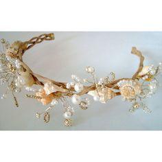 seashell headpiece | White Bridal Wreath, Seashell Wreath, Wedding Headband, Beach Wedding ...