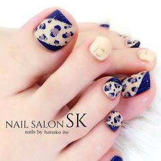 Pedicure Nail Art, Pedicure Designs, Toe Nail Designs, Toe Nail Art, Pretty Pedicures, Pretty Toe Nails, Cute Toe Nails, Karma Nails, Nail Ideas