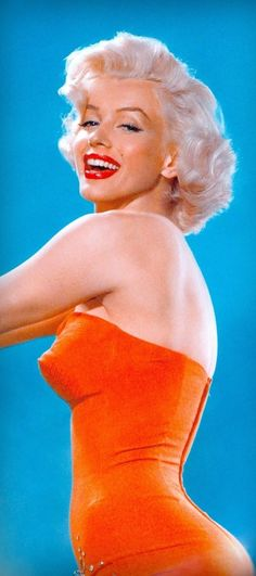 MARILYN MONROE orange bathing suit (detail) (Playboy Dec 1953) from Marilyn in the Flash by David Wills 2015 (please follow minkshmink on pinterest) #marilynbathingsuit #marilynplayboy