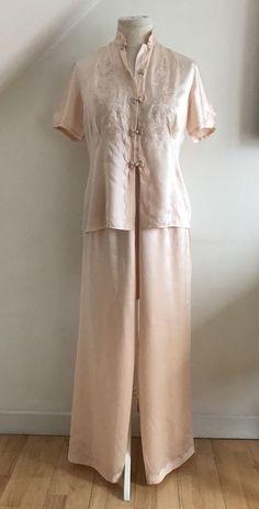 96c4c9b77dac3 Vintage Art Deco Pure Silk Pyjamas 1920s Lingerie Appliqué Embroidery  Delicious