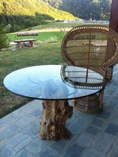 Tavolo in cristallo e ulivo