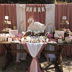 """ΣΤΟΛΙΣΜΟΣ ΒΑΠΤΙΣΗΣ """"ΚΥΚΝΟΣ""""   Carouzel Events Swan Nursery Decor, Christening, Babyshower, Birthday Parties, Birthdays, Table Decorations, Wedding, Party Ideas, Diy"""