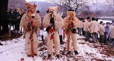 Imagini pentru obiceiuri de craciun din zona ardealului Fur Coat, Projects To Try, Fur Coats, Fur Collar Coat