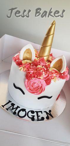 Unicorn cake with Raspberry buttercream