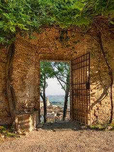 The Rocca's garden in San Gimignano- what to do