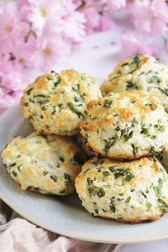 Wild Garlic, Sweet And Salty, Bakery, Vegan Recipes, Muffin, Food And Drink, Cookies, Cheddar, Breakfast