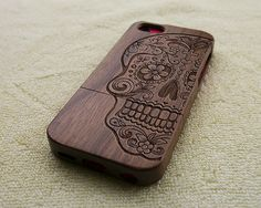 Wood iPhone case wood iPhone 5C case wooden iPhone 5C por WoWood, $24.99