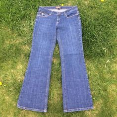 "Banana Republic Jeans Like brand new! 15"" waist laying flat. 29"" length. Stretch. Banana Republic Jeans"