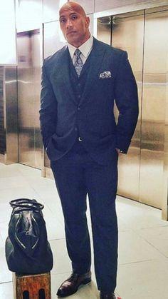 A perfeição humana o homem mais lindo do mundo Dwayne Douglas Johnson
