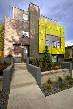 Фасадные панели для наружной отделки дома: разновидности и 80 практичных решений для стильного экстерьера http://happymodern.ru/fasadnye-paneli-dlya-naruzhnoj-otdelki-doma/ Великолепный яркий дом в современном стиле