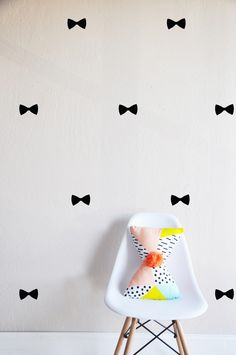 Tiny Bows- WALL DECAL