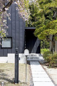 黒い木の隠れ家・間取り(愛知県知立市)   注文住宅なら建築設計事務所 フリーダムアーキテクツデザイン