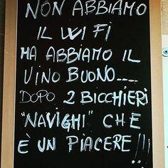 #saggezza #vinorosso #roma #viaggiodilavoromanontroppo #campodeifiori #pranzetto #novembre2k17 #uggiosità #nofilterunpaiodepalle #nohastag #friends #carbonara #cacioepepe #vaccinara #gricia