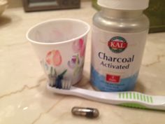 DIY teeth whitening using activated charcoal; it really works! - Another! My Beauty, Beauty Secrets, Beauty Tips, Healthy Beauty, Health And Beauty, Teeth Whitening Diy, Activated Charcoal, Skin Makeup, Hair And Nails